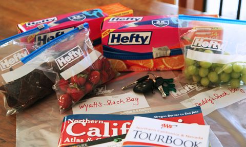 Healthy Summer Road Trip Snacks with Hefty Slider Bags.  Also good ideas for just running around doing errands.