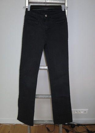 A vendre sur #vintedfrance ! http://www.vinted.fr/mode-femmes/autres-pantalons/15797422-pantalon-noir-cimarron-t28