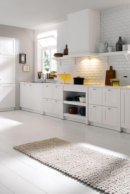 Ein Traum in Weiß voller Wärme und Behaglichkeit Mehr Ideen zur - küche landhaus weiß