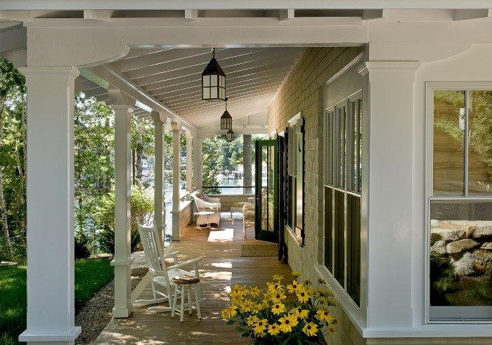 Restored 1912 Cottage with Beadboard Walls and Gorgeous Lake Views