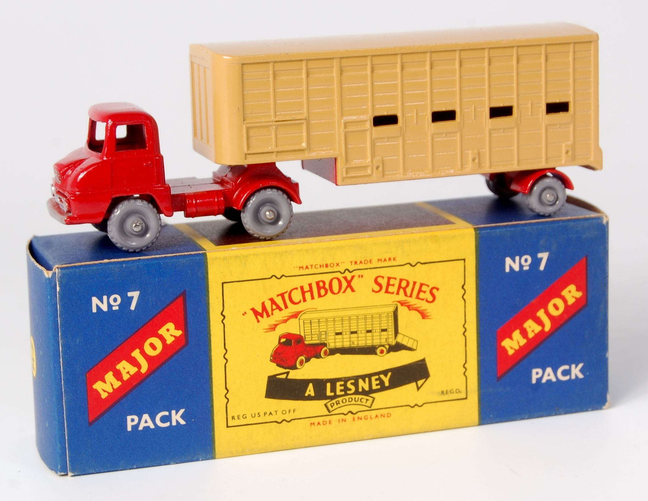 Lot 2327 - Matchbox, Major Pack No.7 cattle truck, Thames Trader ...