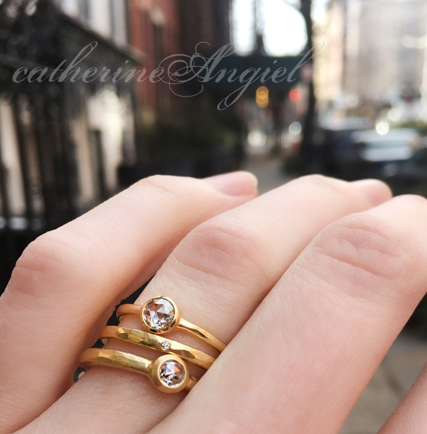 Alternative bridal wedding rings set in yellow gold with rose cut ...