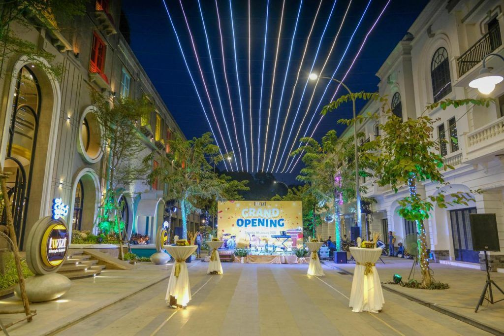 """On the 11th January, 2020 the Cambodian Group """"INNOTALITY"""" officially opened its unparalleled lifestyle hostel named The Twizt. """"After 23 years of being in the hospitality business, this event marks another important milestone for our company as we continue to pioneer new concepts in Siem Reap, as we have done for the privilege floor of […]The post Innotality Group officially launched The Twizt, an Avant-Garde Lifestyle Hostel. appeared first on Siemreap.net."""