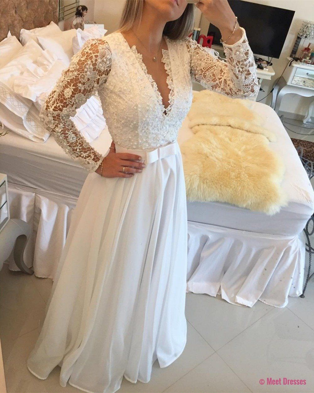 Elegant long sleeve a line evening dresses lace floor length sexy v