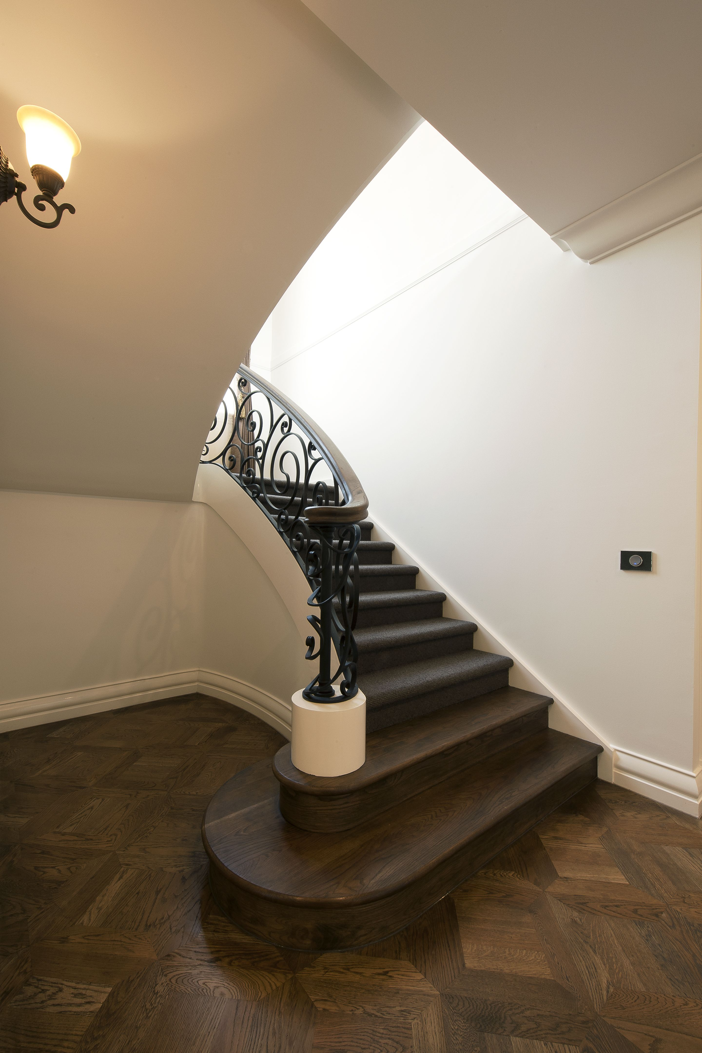 Best Classic Stairs French Provincial Staircase 400 x 300