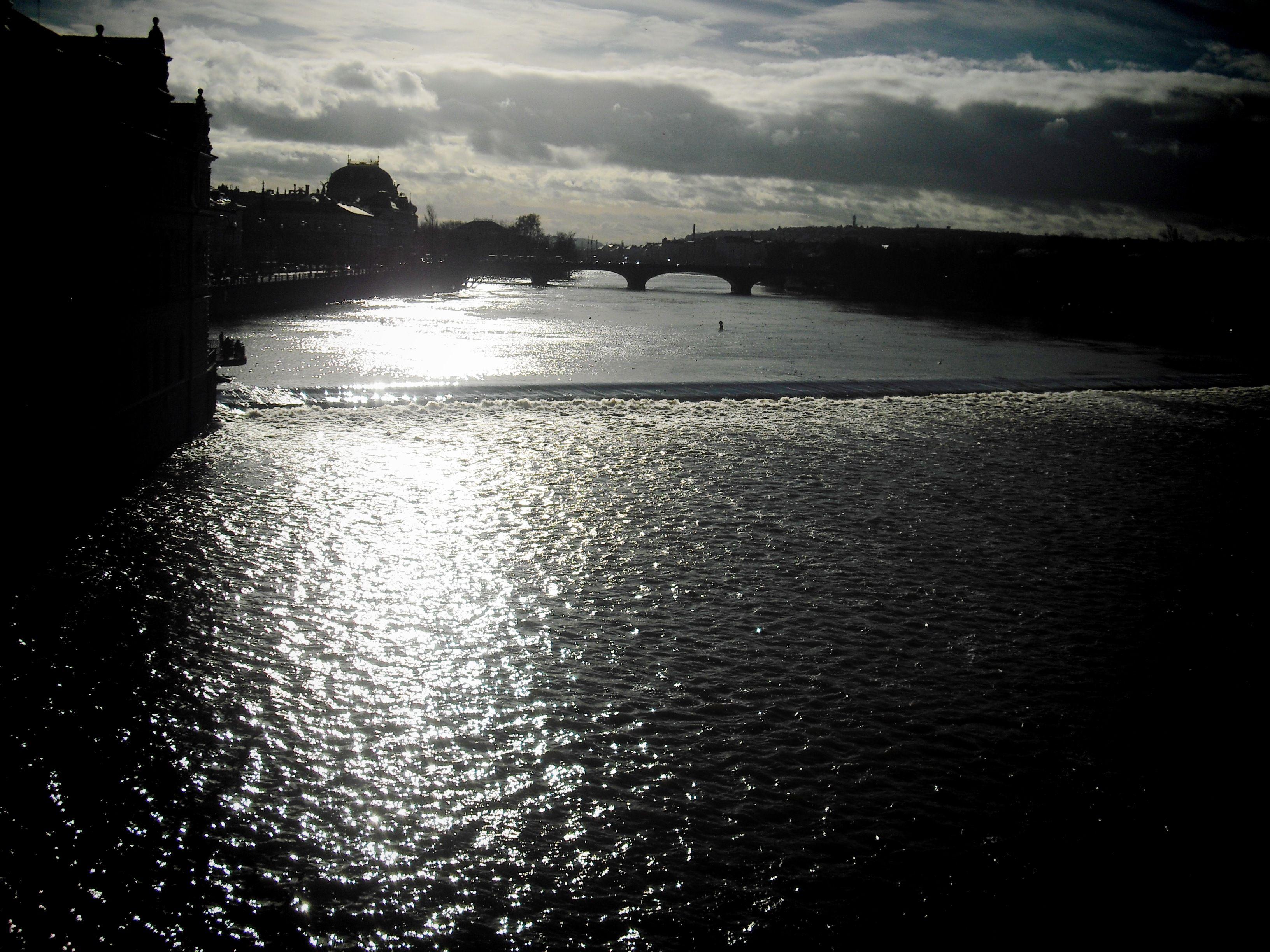 El río Moldava Praga