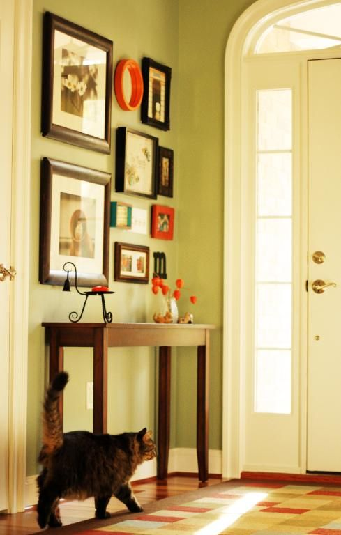 entryway gallery wall | Awesome wall decor | Pinterest | Gallery ...