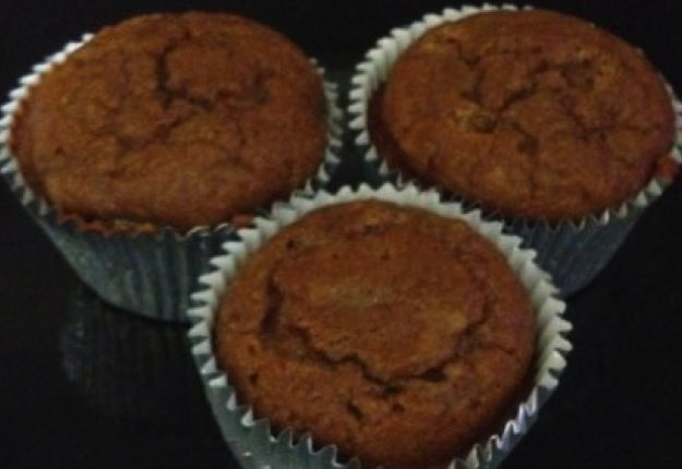 These are super healthy banana muffins! They are gluten, sugar and dairy free.