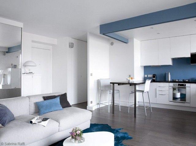 Cuisine ouverte blanc bleu inspiration maison et for Appartement cuisine ouverte
