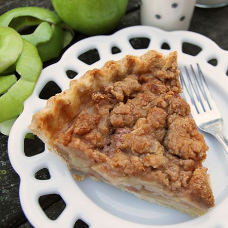 paper bag apple pie with streusel top desserts pinterest apple