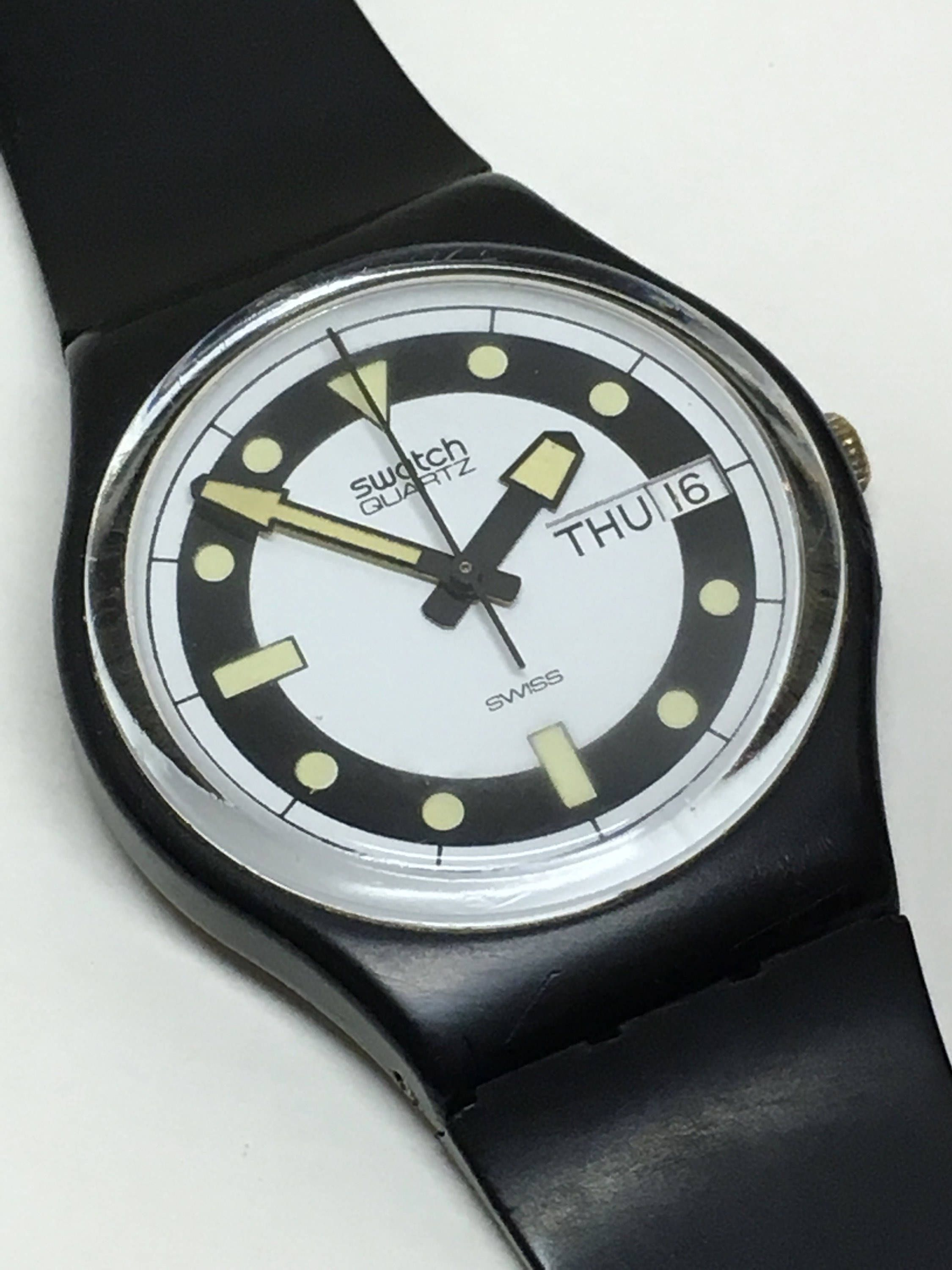 7d199314dad7 Swatch Watch Vintage Black Divers GB704 1984 Day Date Glow In The Dark  Hands Markers Retro Swatch Watch Christmas Gift by ThatIsSoFunny on Etsy
