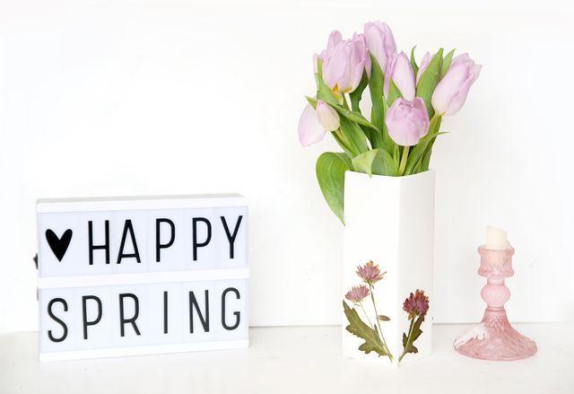 diy vase mit gepressten blumen verzieren mein feenstaub diy living deko f r zuhause. Black Bedroom Furniture Sets. Home Design Ideas