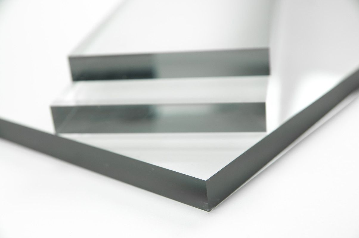This Plastic Panel Is Clear Cast Acrylic Sheeting By Using Only An Absolute Minimum Of Colouring On The Panel It Looks Like The Plastic Has A Dark Edge
