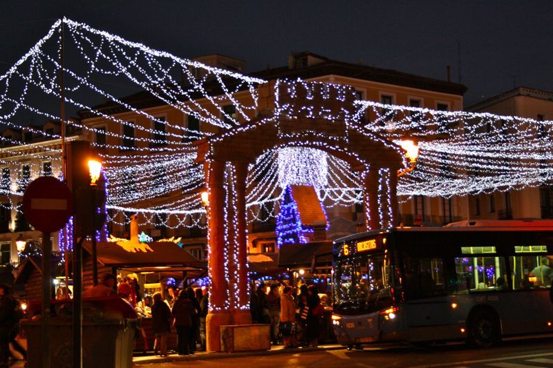 The Best Christmas Markets In Spain Christmas Market Best Christmas Markets Madrid Food Tour