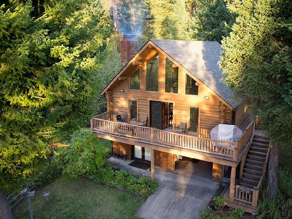 Strange House Vacation Rental In Bigfork Mt Usa From Vrbo Com Home Remodeling Inspirations Genioncuboardxyz