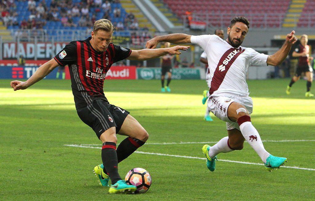 Video  Milan-Torino 3-2 i gol subiti dal Toro: tre svarioni difensivi https://t.co/Ynlfl3lDkB Redazione Toro News https://t.co/aK7tsmSJSx