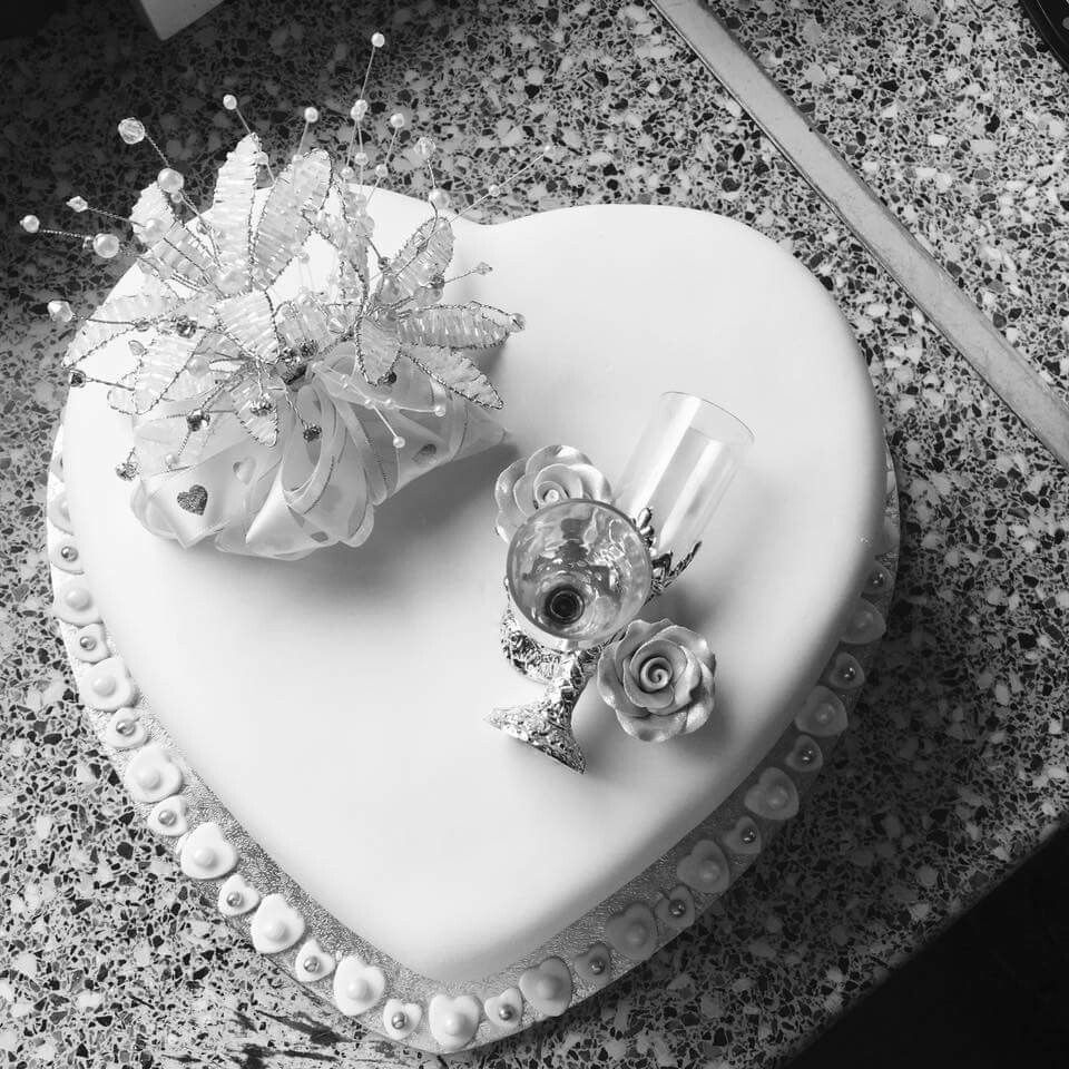 25th wedding anniversary cake. | 25th Anniversary cakes | Pinterest ...