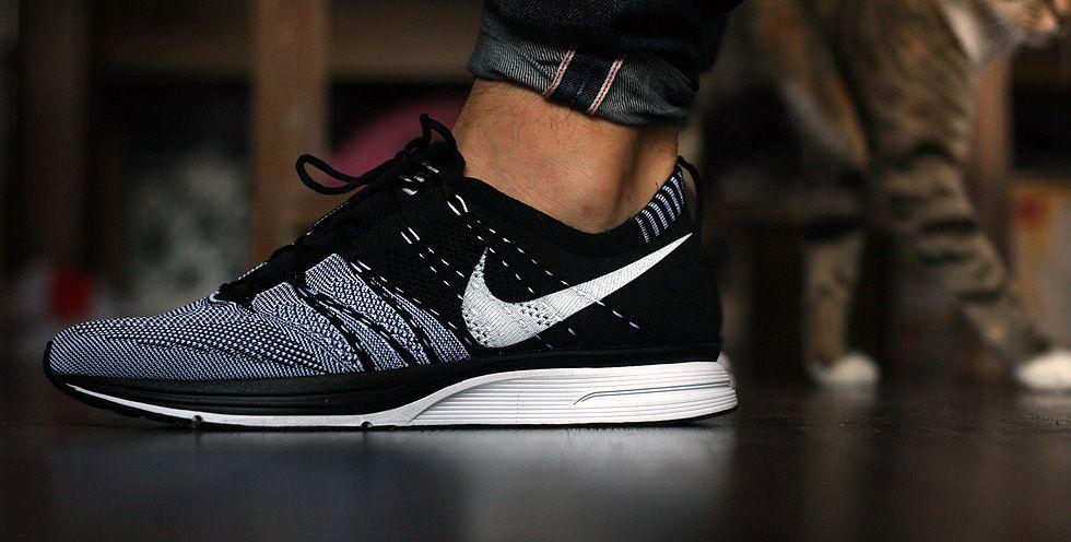Nike flyknit black
