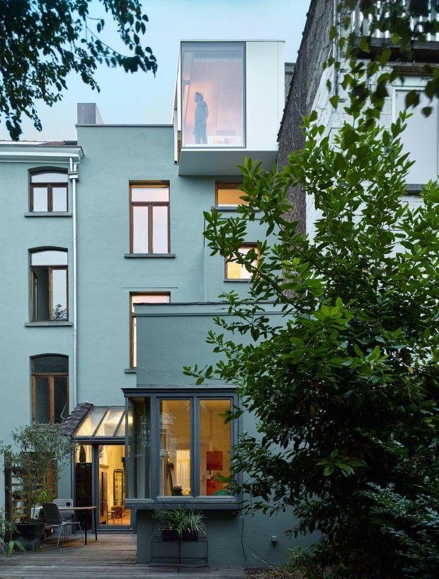 Transformation d\u0027une maison mitoyenne bruxelloise par Edouard Brunet