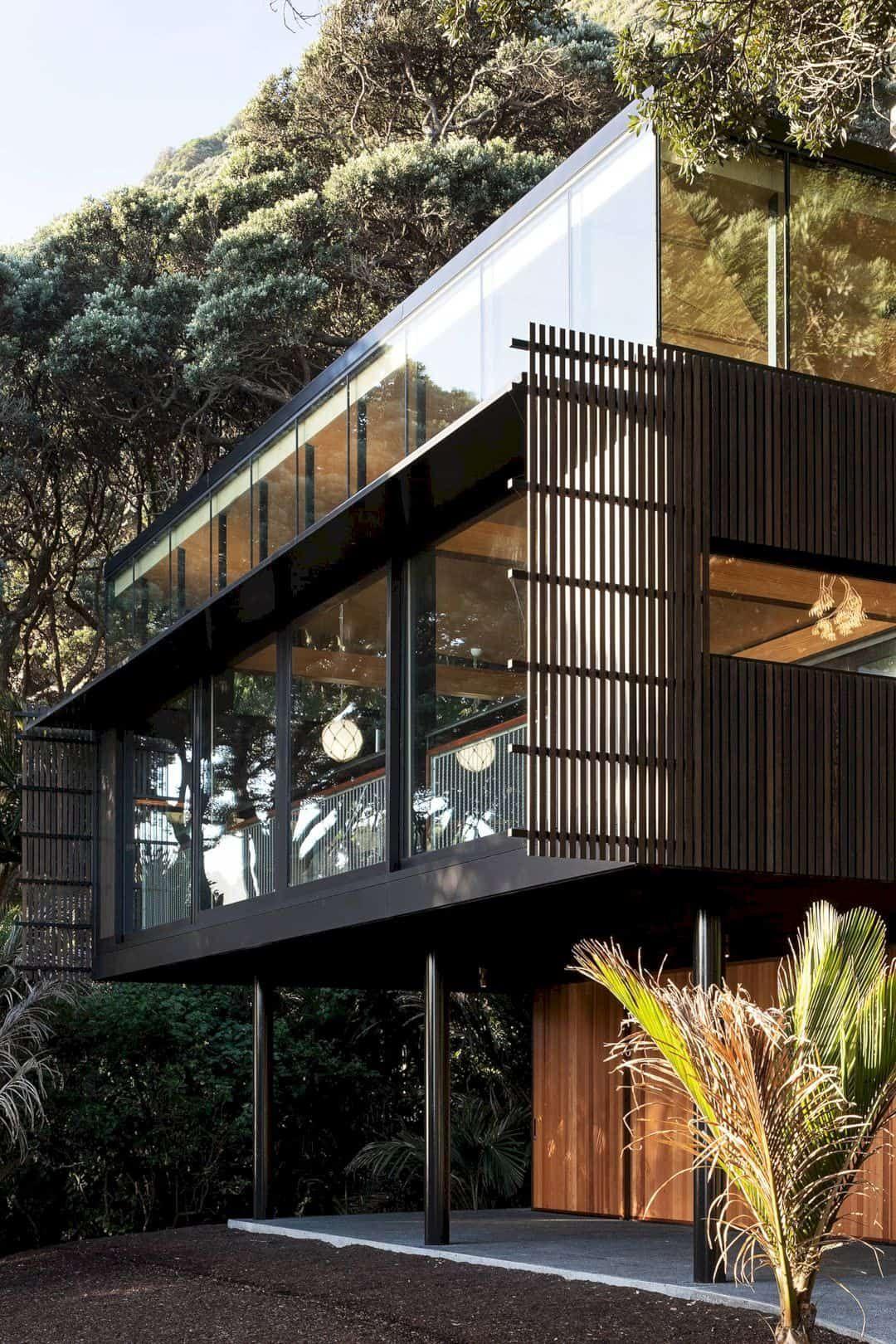 Kawakawa House Piha: A Beach House with Spectacula