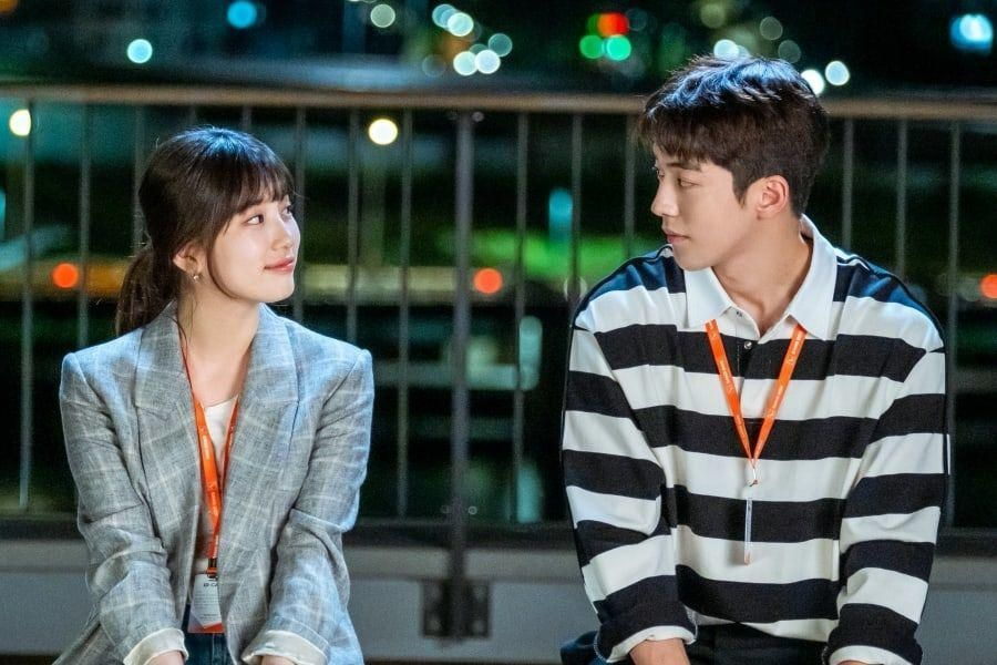 "Suzy And Nam Joo Hyuk Make Warm Eye Contact In 1st Stills For Upcoming Drama ""Start-Up"""