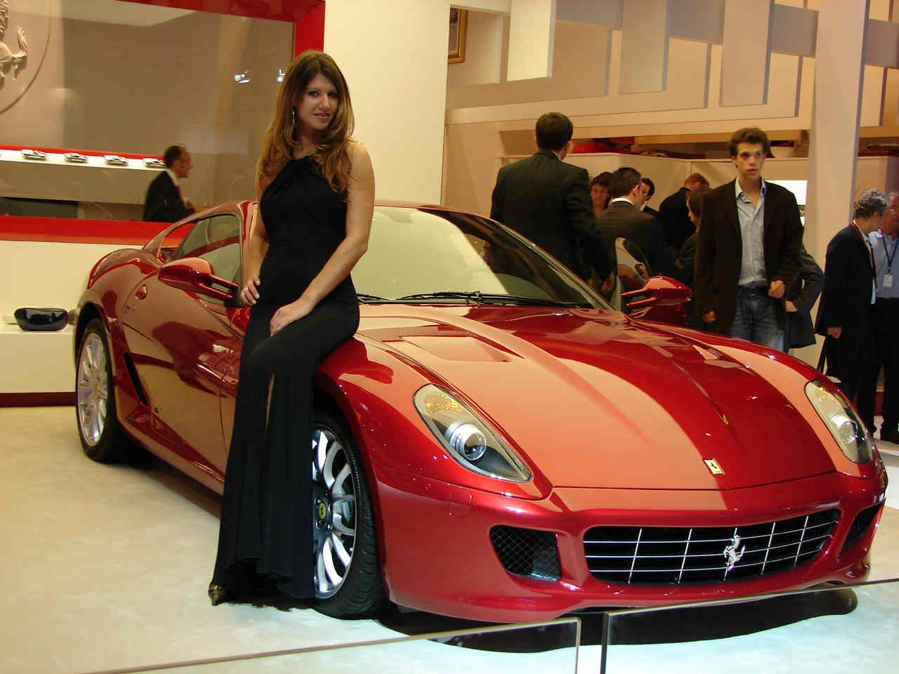 We are one of the best leading rent a car company in