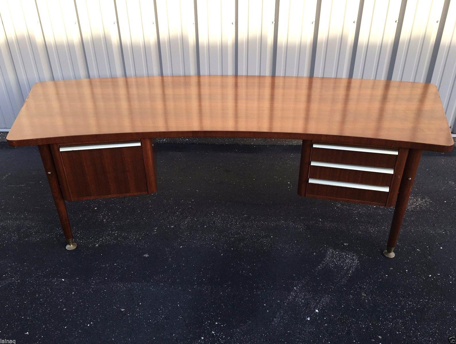 Stow Davis Curved Teak Desk. Davis FurnitureTeak