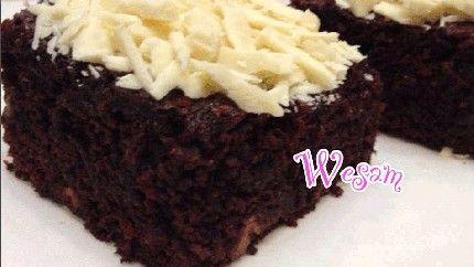 براونيز التمر والشوكولاتة اللذيذة