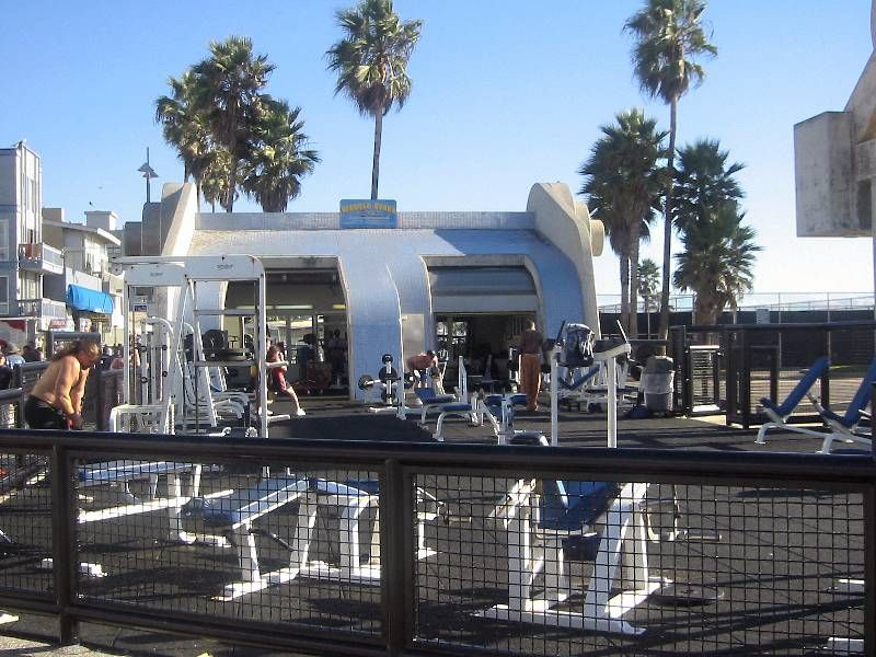 Venice Beach Muscle Beach, Outdoor Gym.jpg 800×600