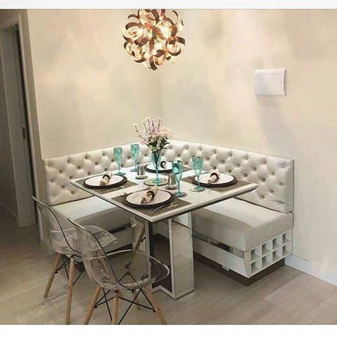 Unique square dining tables for luxury home decoration for Mobilia kitchen table