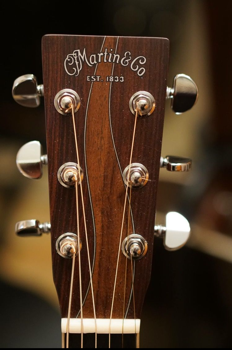 Martin Acoustic Guitar Headstock Martin Acoustic Guitar Unique Guitars Martin Guitar