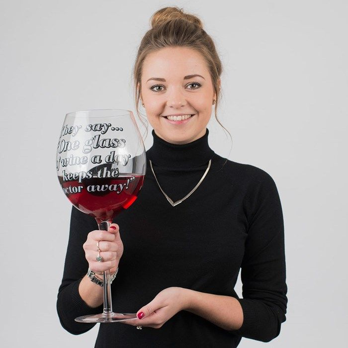 three bottle giant wine glass gift it wine giant wine. Black Bedroom Furniture Sets. Home Design Ideas