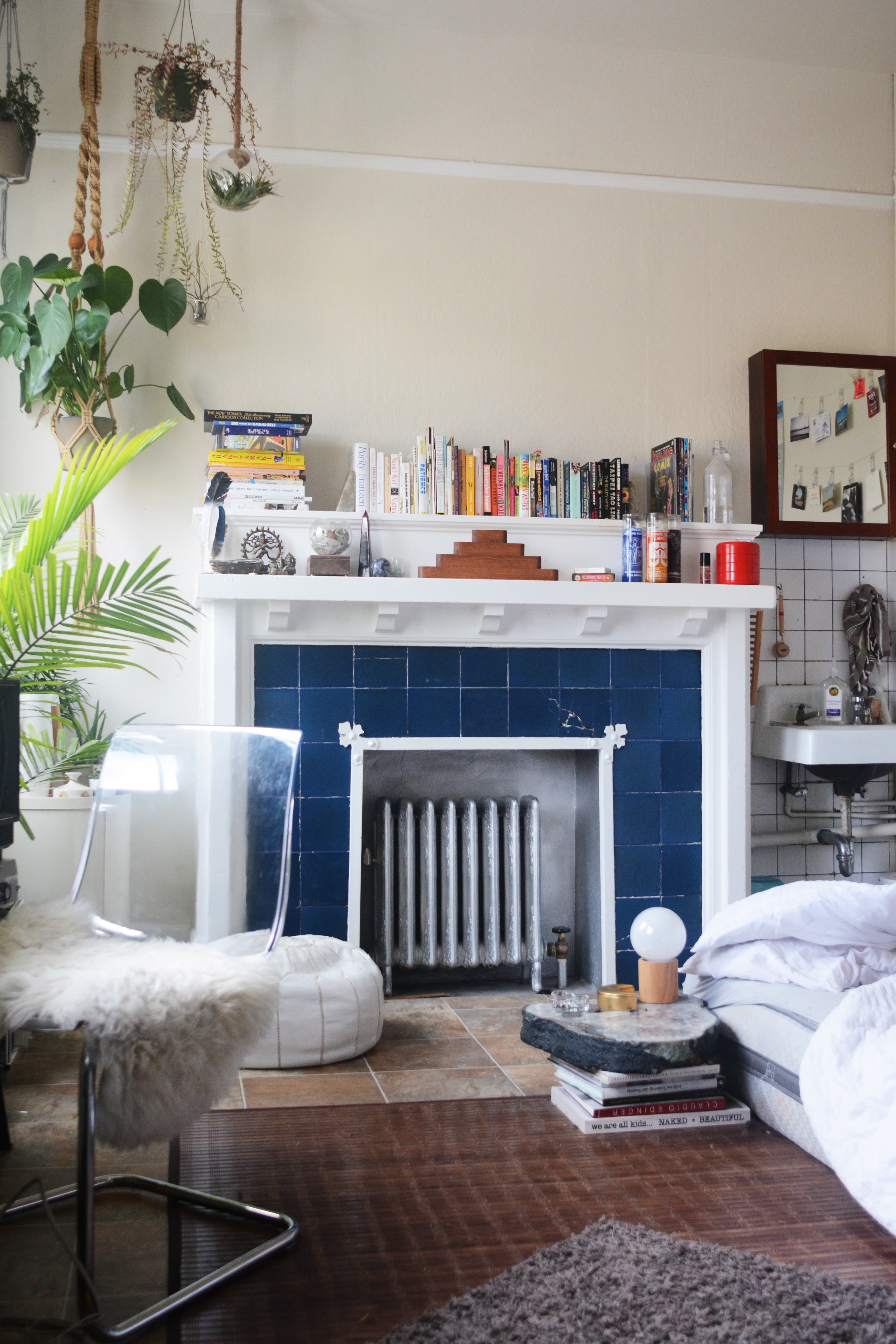 A 70s Inspired Super Small Space In San Francisco House Call