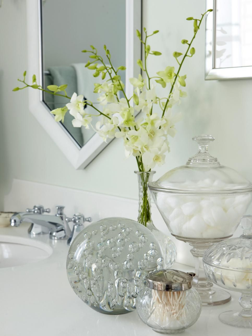 Preparing Your Guest Bathroom for Weekend Visitors | Good Ideas ...
