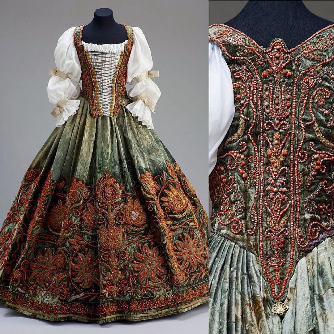 Possibly a wedding dress, Hungary, ca. 17th century From the Museum of Applied Arts, Budapest: