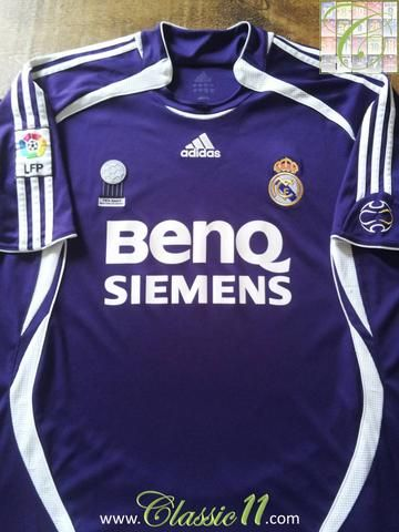 2674f0a76dd Relive Real Madrid s 2006 2007 La Liga season with this original Adidas 3rd kit  football shirt.