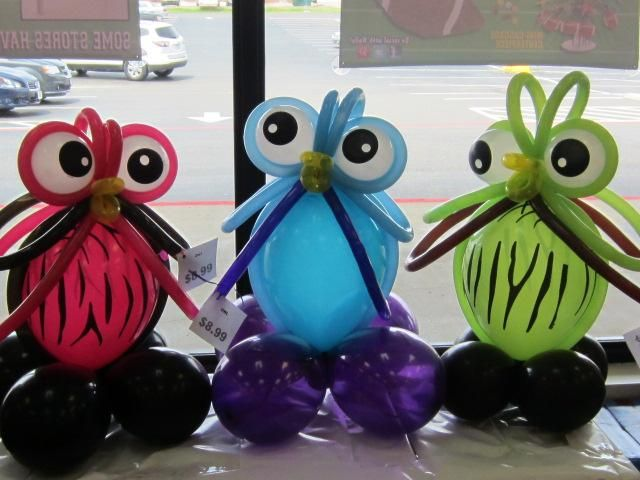 Owls balloon art table centerpiece feather your nest owl decor