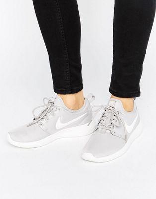 5e26f59592e Nike Roshe 2 Trainers In Grey
