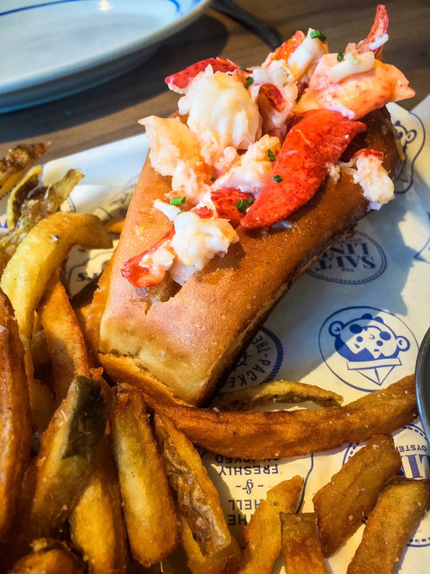 The Salt Line Navy Yard Lobster Roll Unique Things To Do In Washington Dc Travel Guide What Food