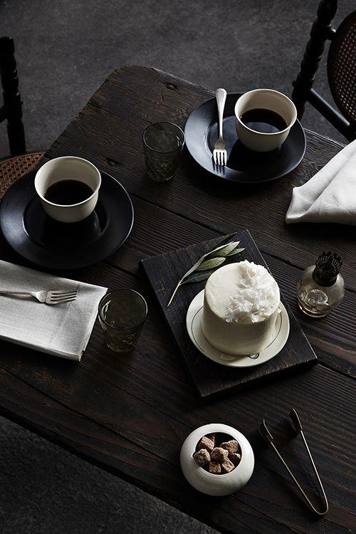Coffee and dessert.