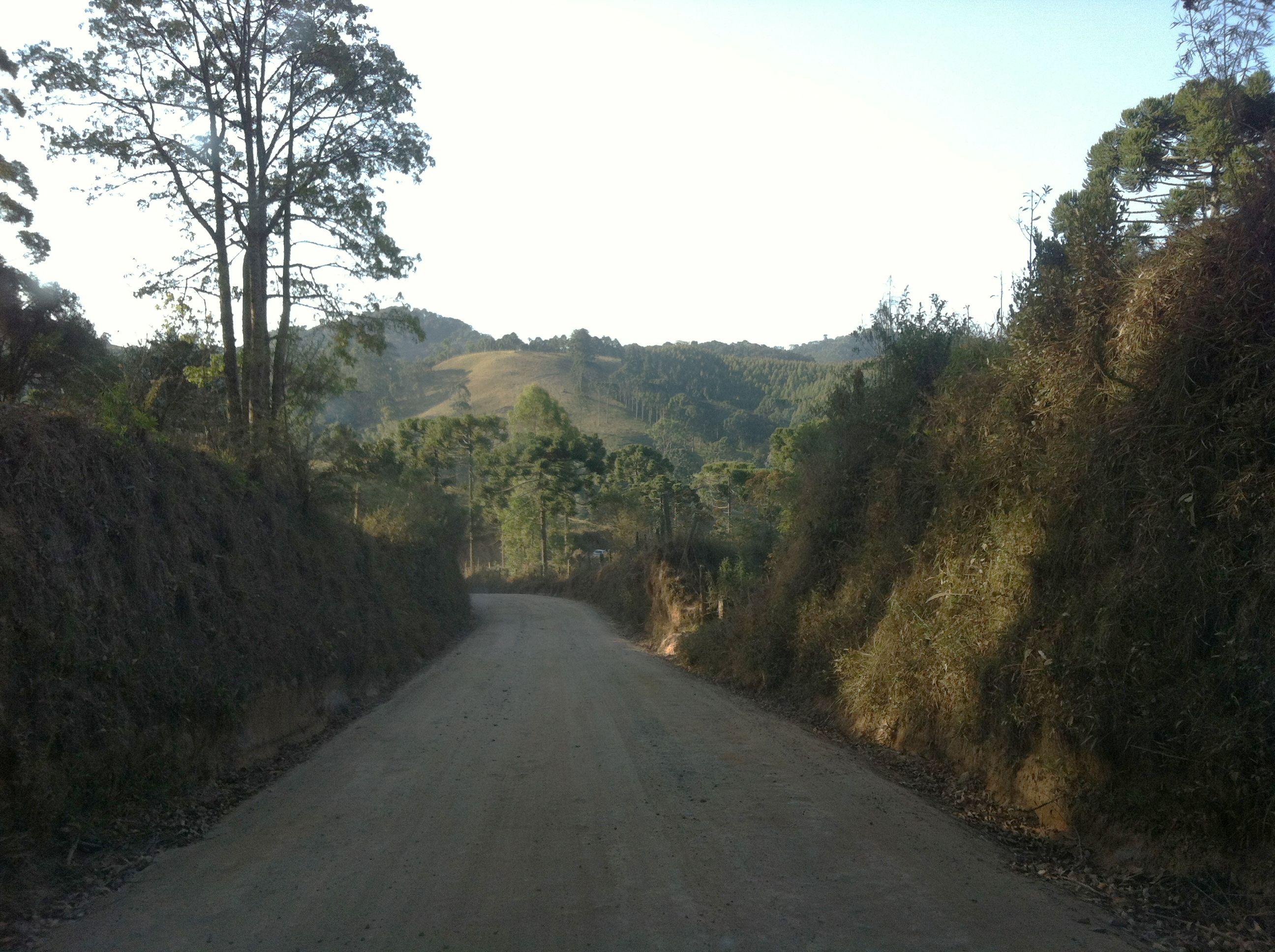 Gonçalves, MG. Para quem deseja sussego, tranquilidade e muita natureza. O lugar é cheio de cachoeiras e pousadas aconchegantes.
