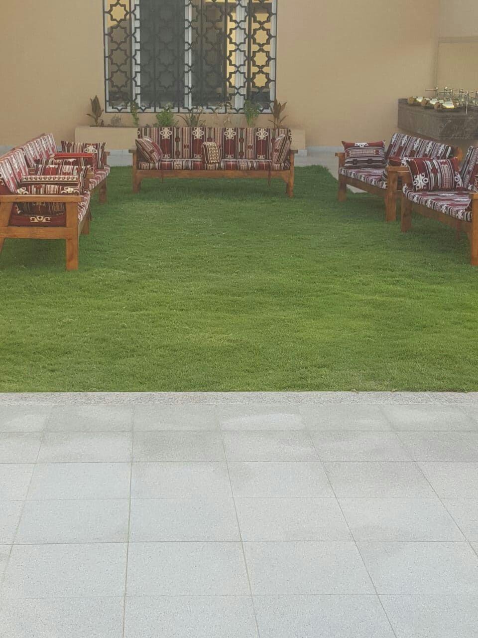 استراحة العاذرية 0501244463 استراحه للإيجار في الرياض المونسية Table Decorations Decor Home Decor