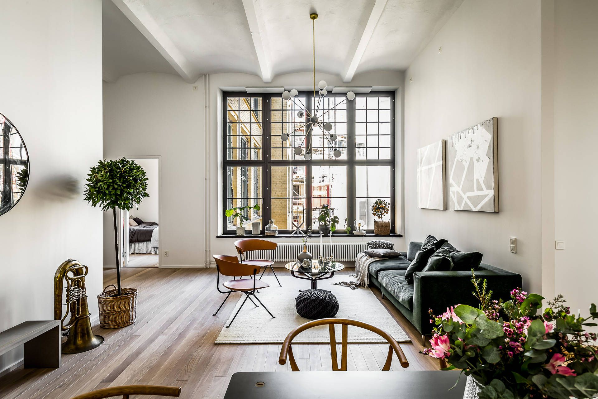 Super high ceilings and oversized black framed