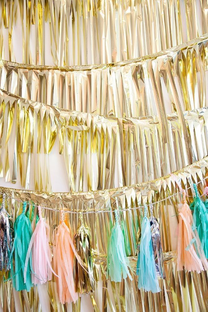 Pastel and Gold Garlands for 2015 New Years Wall Decoration - Wall ...
