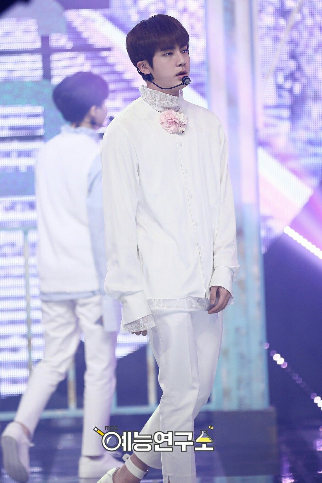 [170225] BTS @MBC Show! Music Core  '봄날 (Spring Day)' Jin | 김석진