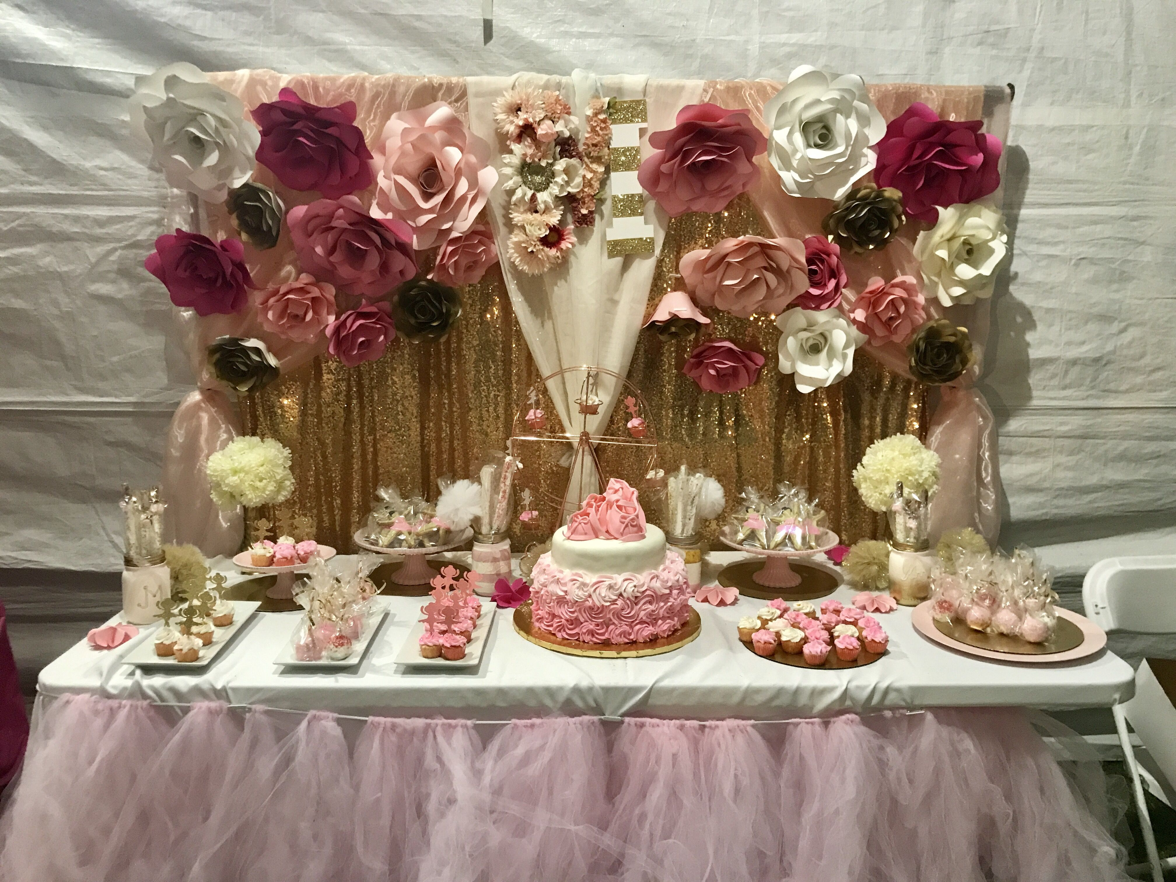 Garden decor for baby shower  Pin by Paula Tovar on Baby shower dessert table pink and gold with