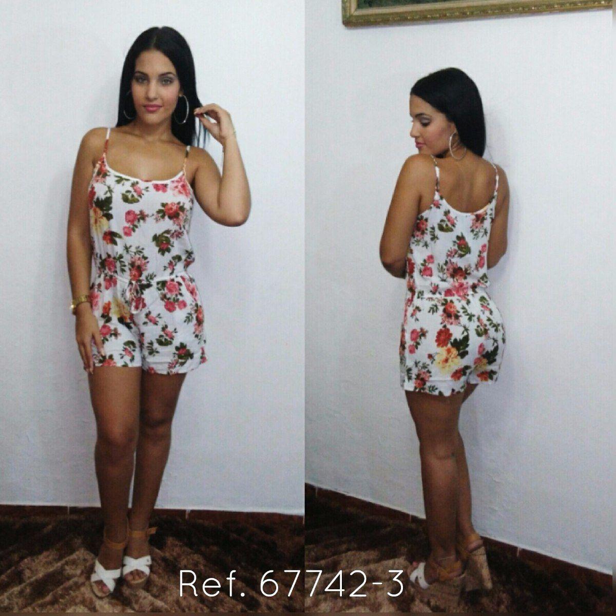 2cf19408fa043 Vestidos Floreados Cortos - Vestidos de Mujer en Mercado Libre ...