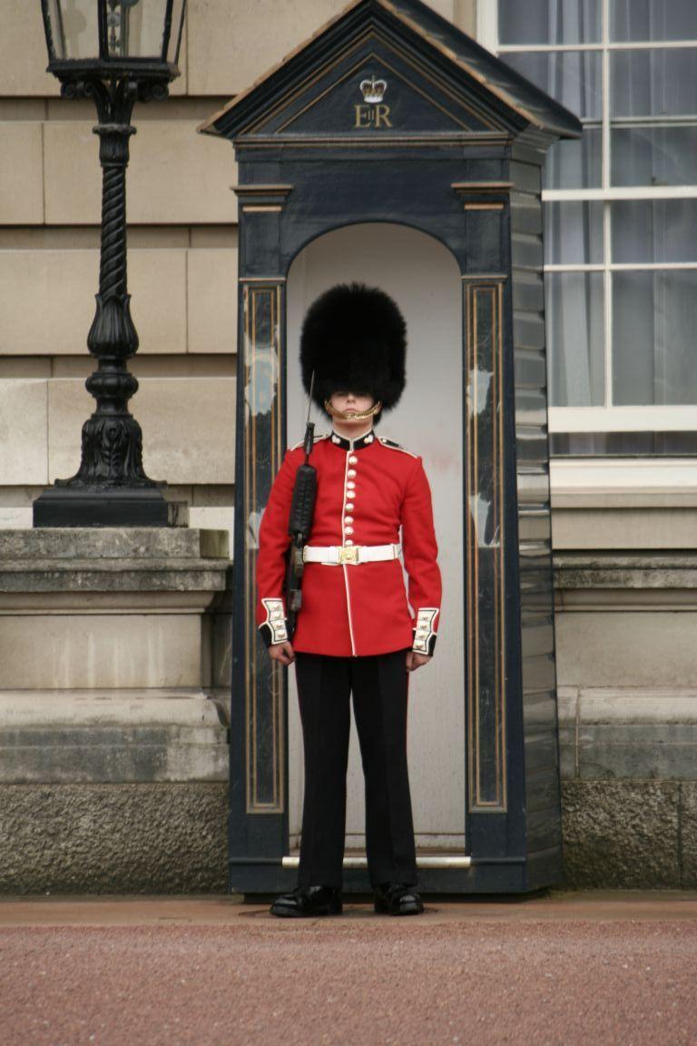 buckingham palace guards - Google Search