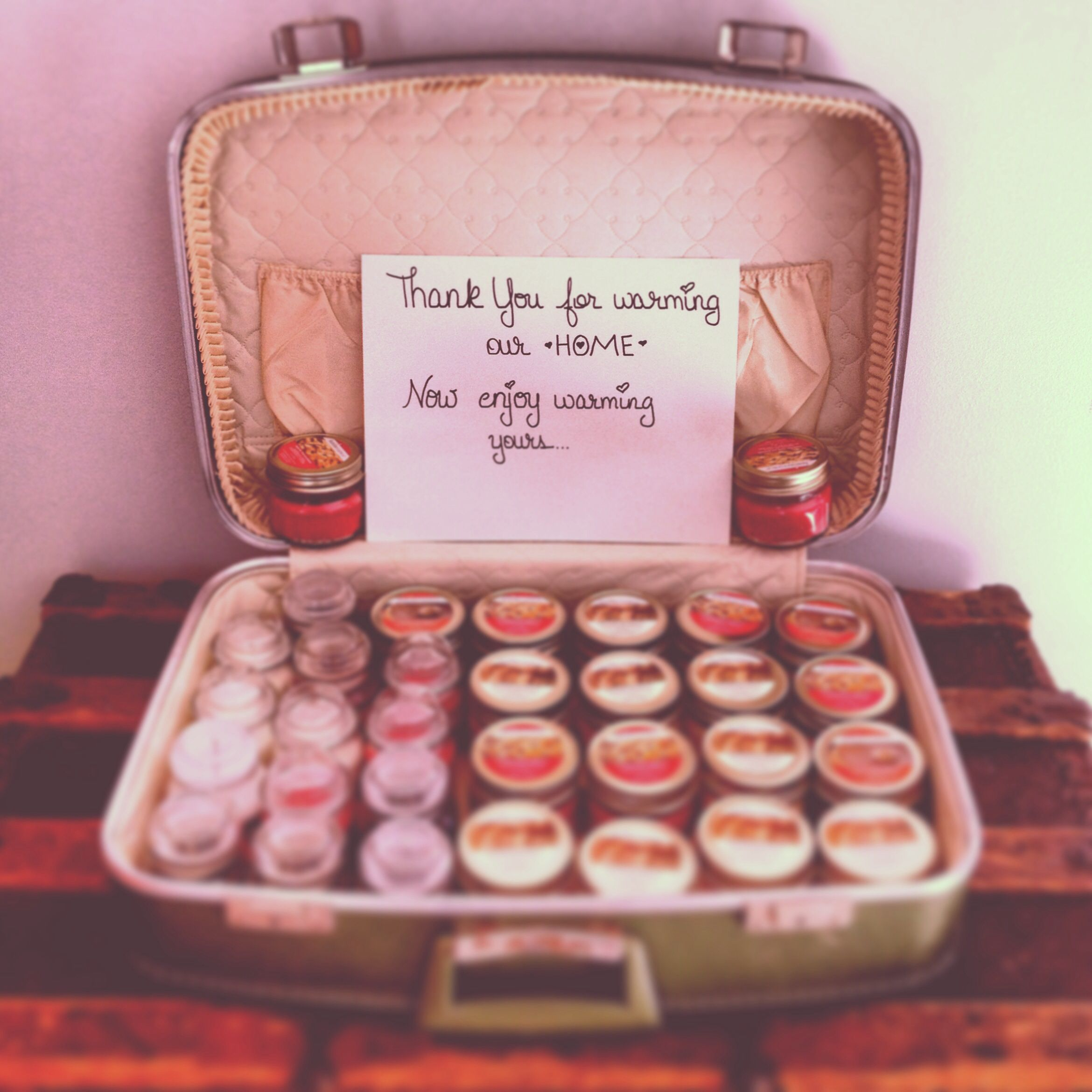 Tips For Throwing a House Warming Party In a Small Space ...