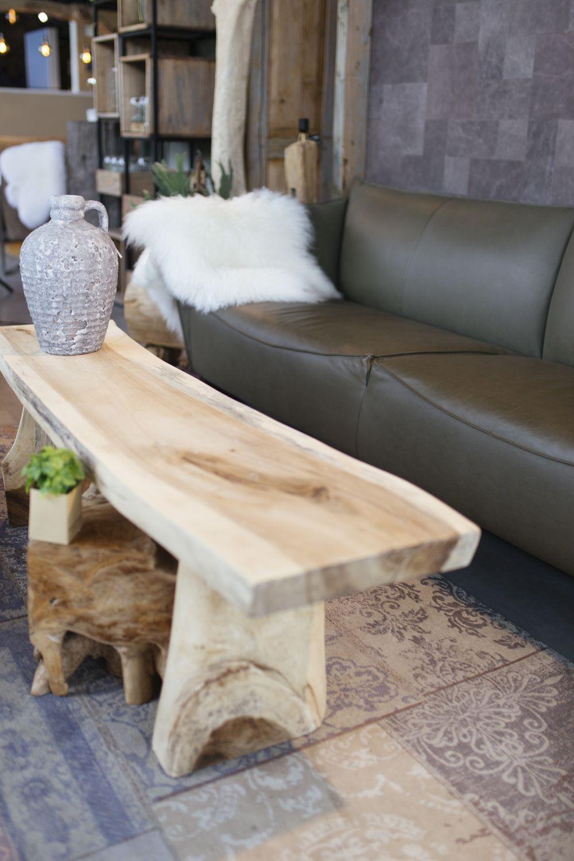 Stoere en unieke salontafel. Onbehandeld of behandeld Teak